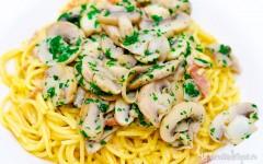 Spaghetti carbonara ai funghi
